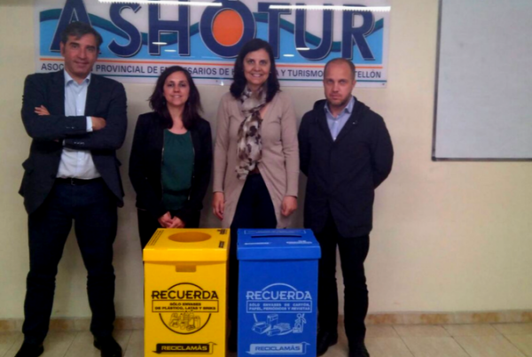 Acuerdo de colaboración con ASHOTUR para el reciclaje en Castellón