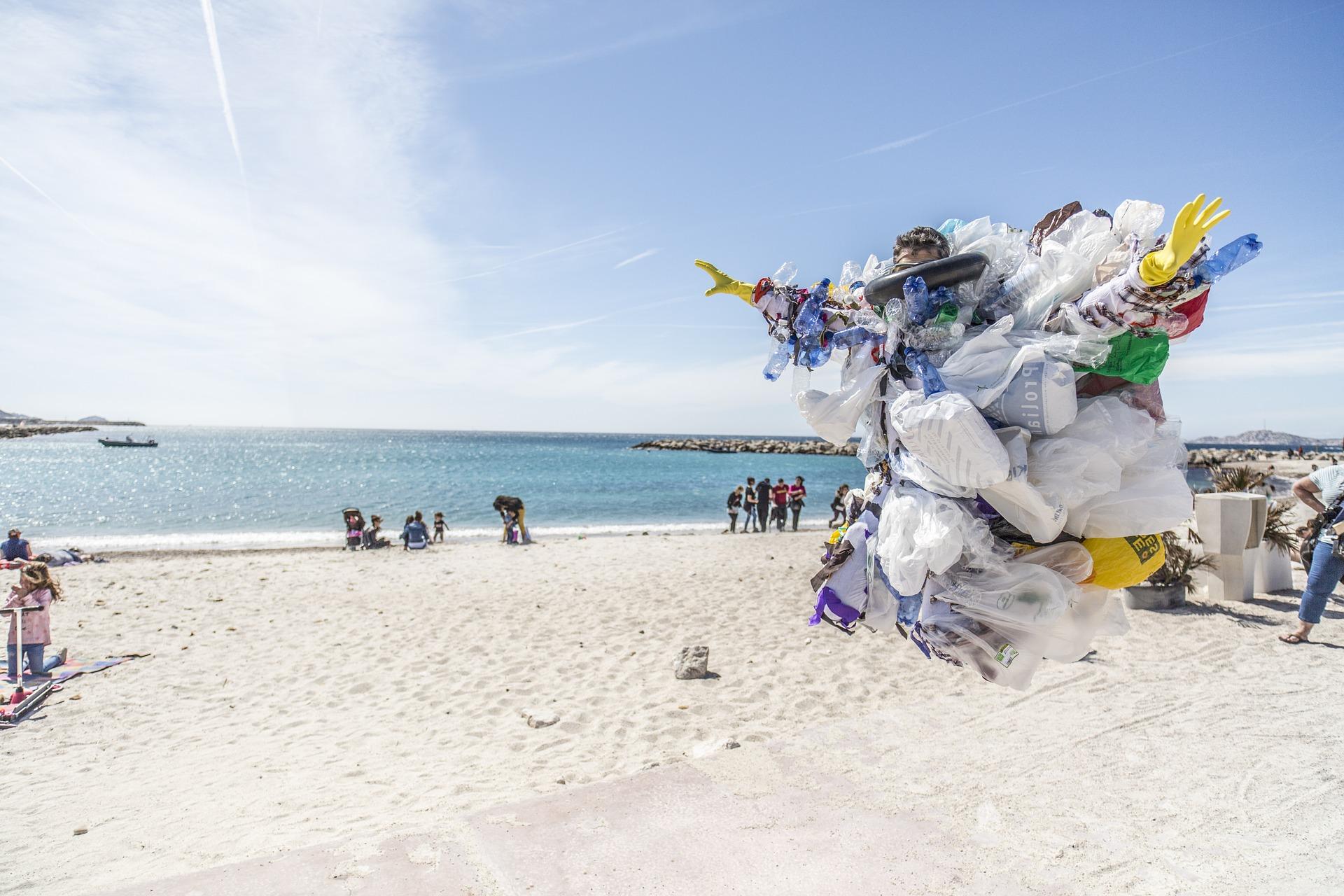 Reciclaje de plásticos: medida crítica para proteger los océanos