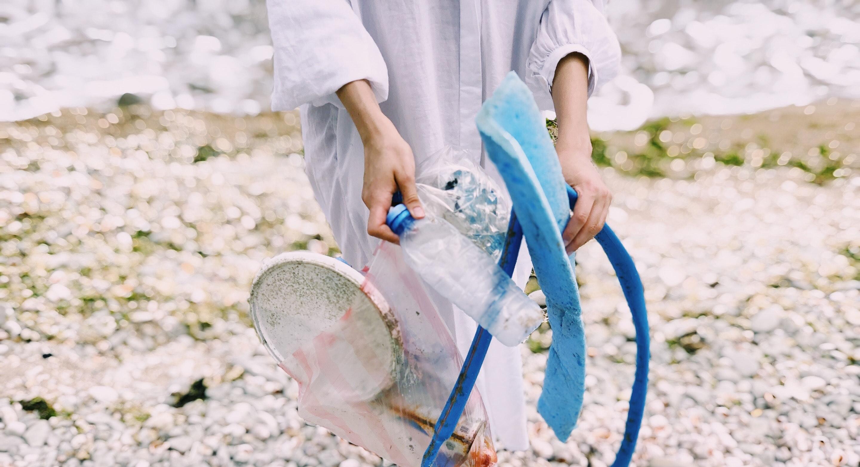 ¿Cómo se recicla el plástico? Desechables de plástico prohibidos a partir del 2021
