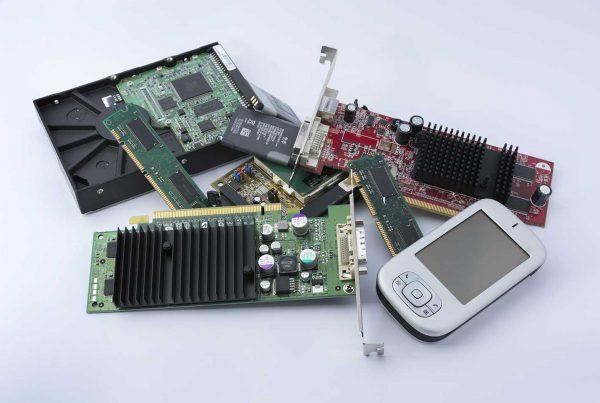 La gestión y reciclaje de los residuos electrónicos